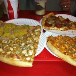 Famous Amadeus Pizza Hell S Kitchen New York Ny