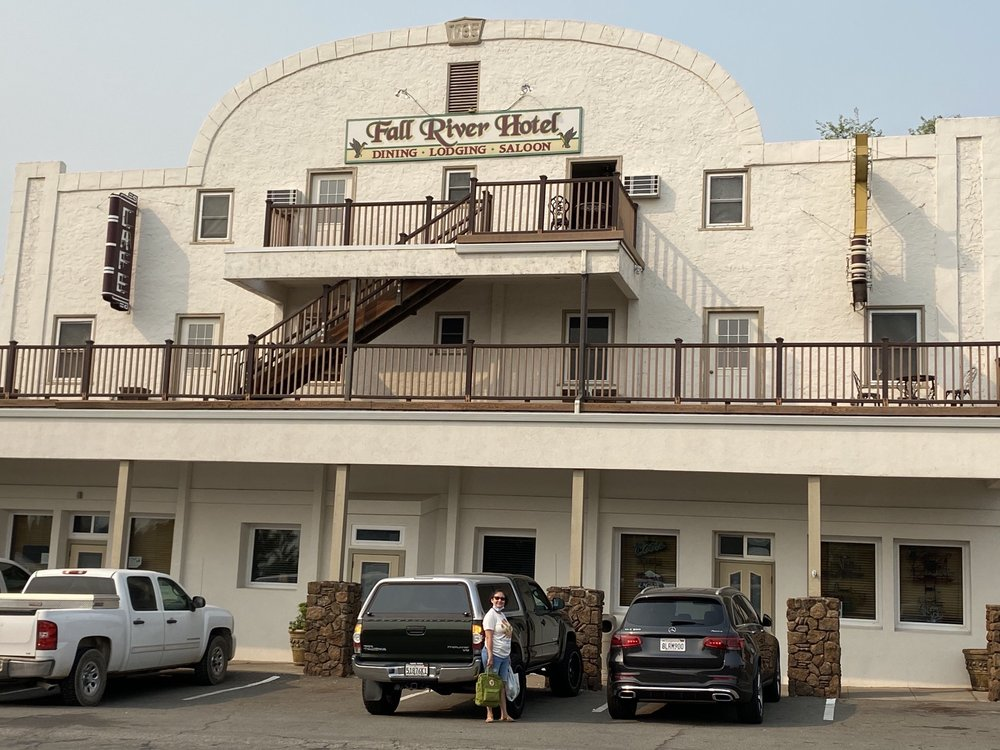 Fall River Hotel: 24860 Main St, Fall River Mills, CA