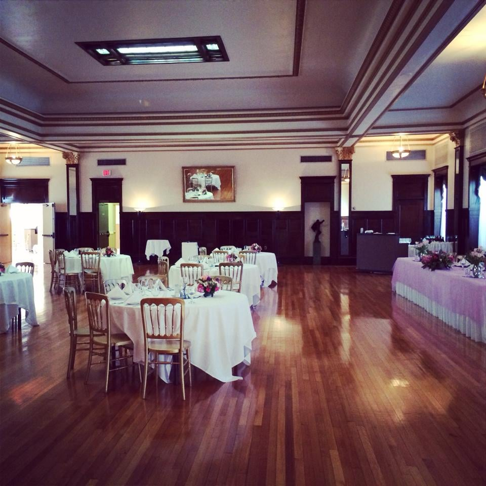 Ruffinos Catering At De La Ronde Hall Get Quote Caterers 320