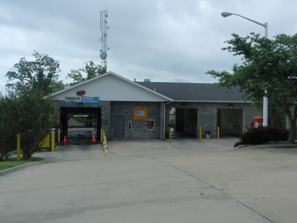 Branson Pennzoil 10 Minute Quick Lube: 249 Shepherd Of The Hills Expy, Branson, MO