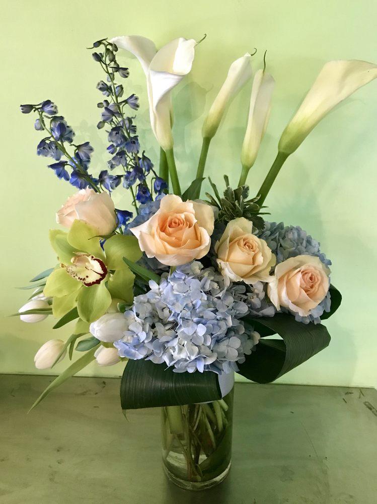 Westbury Florist: 53 Post Ave, Westbury, NY