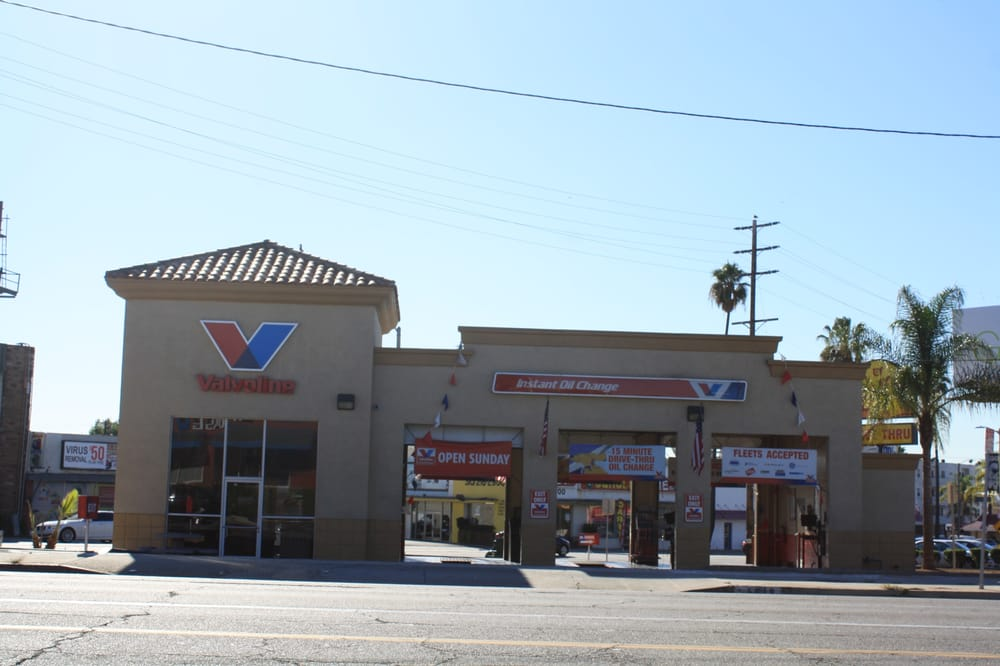 Valvoline Instant Oil Change: 6819 La Tijera Blvd, Los Angeles, CA