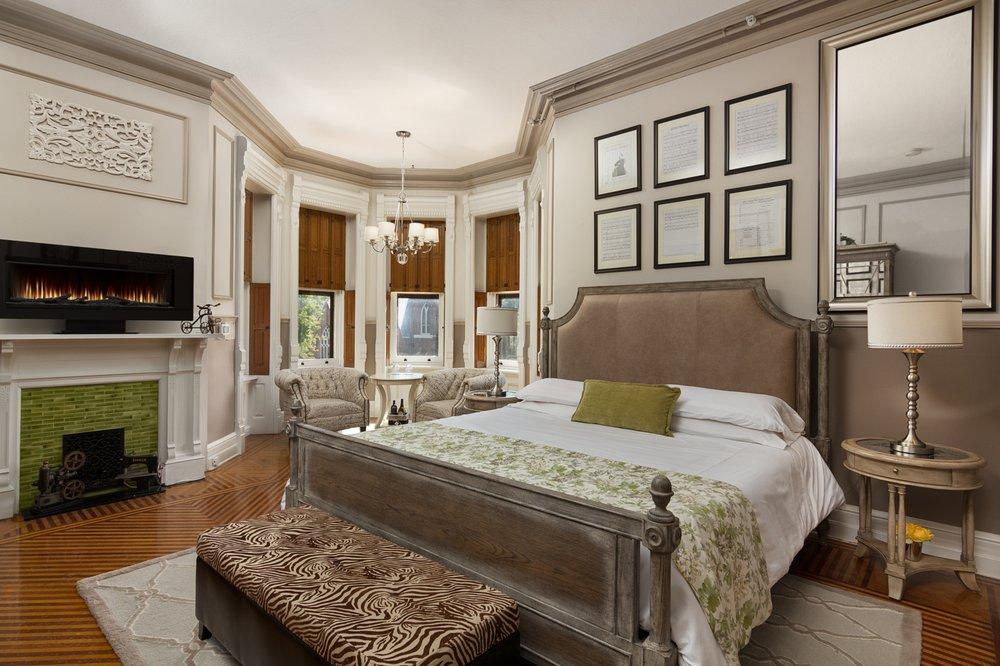 Reynolds Mansion: 101 W Linn St, Bellefonte, PA