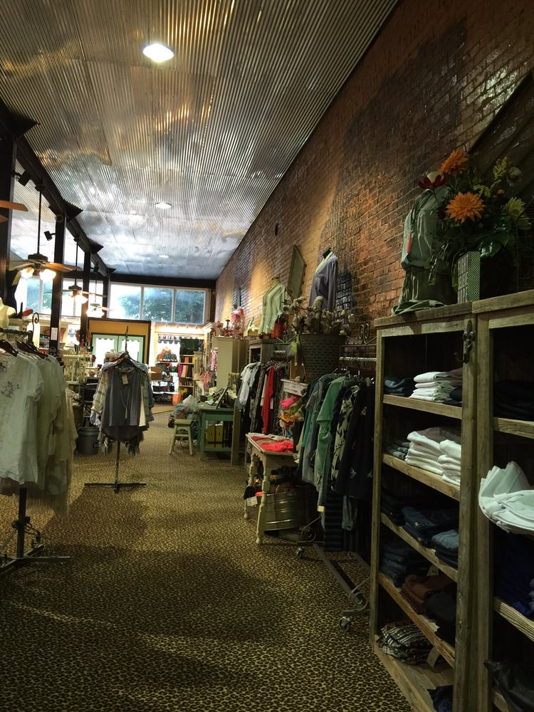 The Cotton Patch: 113 W Commerce St, Altus, OK