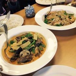 Photo Of Aroy Thai Restaurant Allendale Mi United States Gang Gai