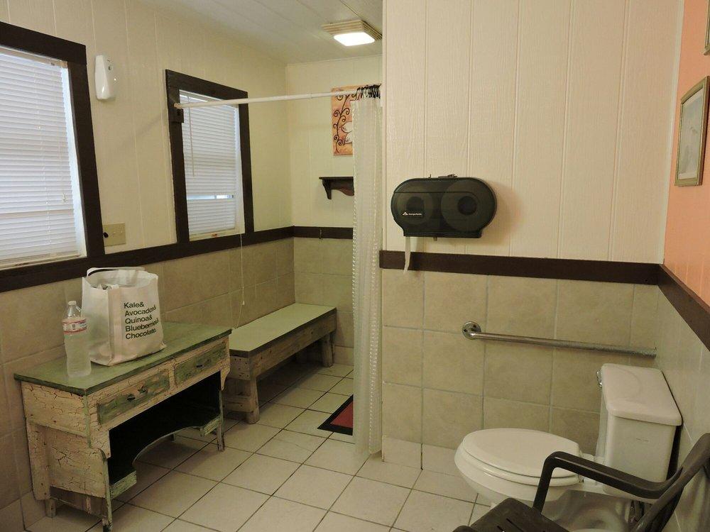 Seabreeze RV Community Resort: 1026 Seabreeze Ln, Portland, TX