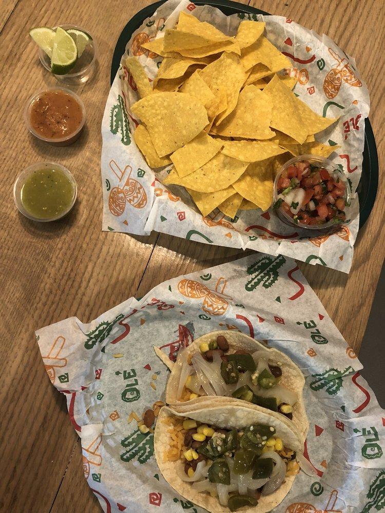 Food from Taco Maya