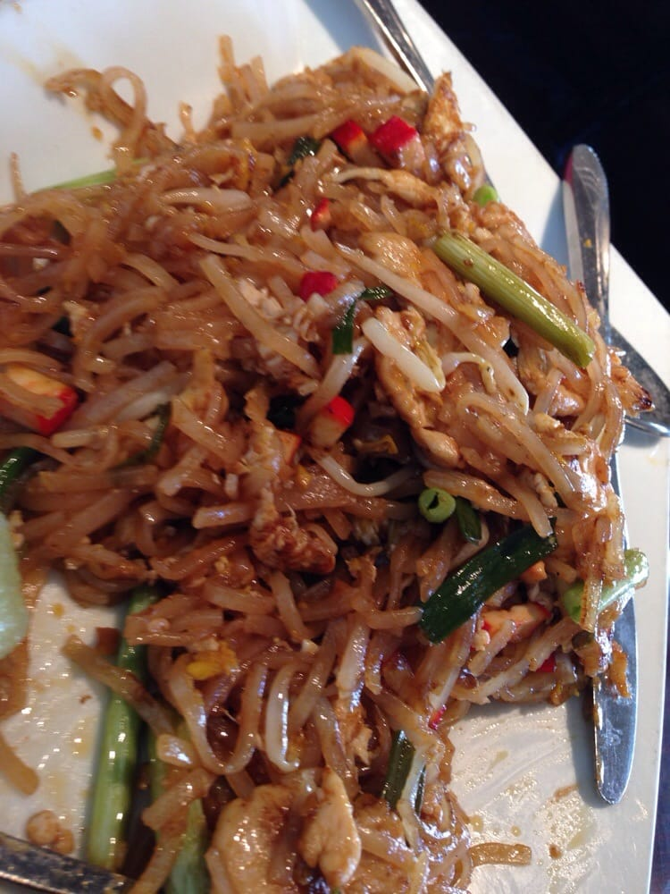 Chicken pad thai yelp for Arlington thai cuisine