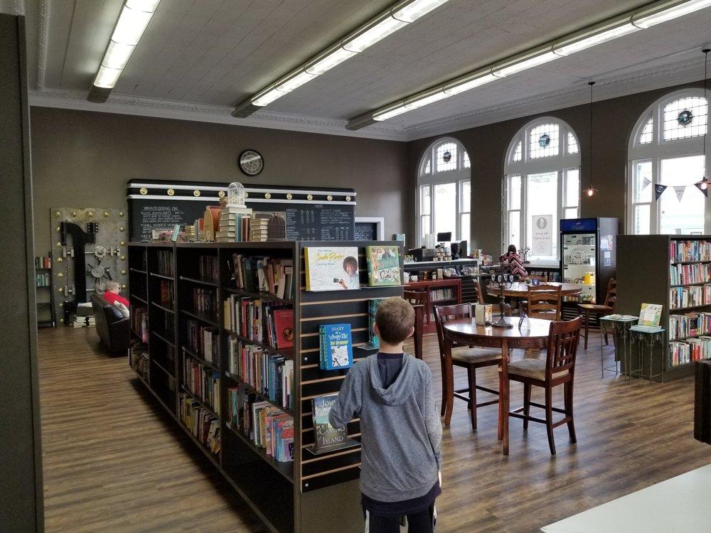Vault Books & Brew: 20 Cowlitz St W, Castle Rock, WA