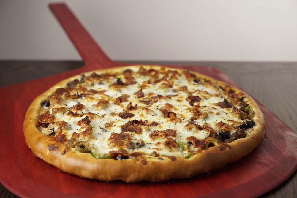 Rosati's Pizza: 1550 N Ankeny Blvd, Ankeny, IA