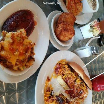 Vonda S Kitchen Newark Nj