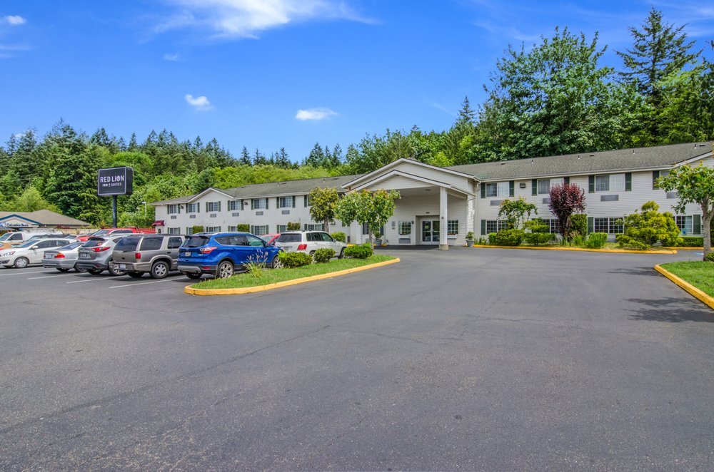 Red Lion Inn & Suites Port Orchard: 220 Bravo Terrace SE, Port Orchard, WA