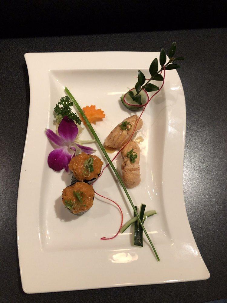 Sushi Mo: 1012 Washington St, Vancouver, WA
