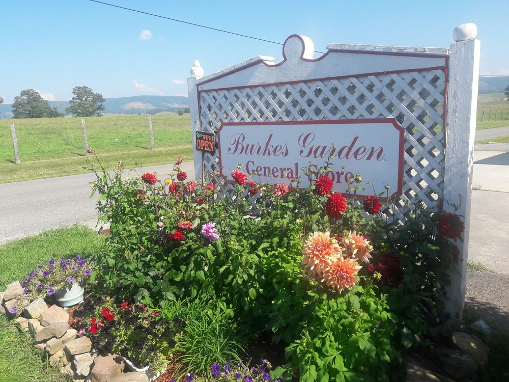 Burke's Garden Gen Store: 6156 Burkes Garden Rd, Tazewell, VA