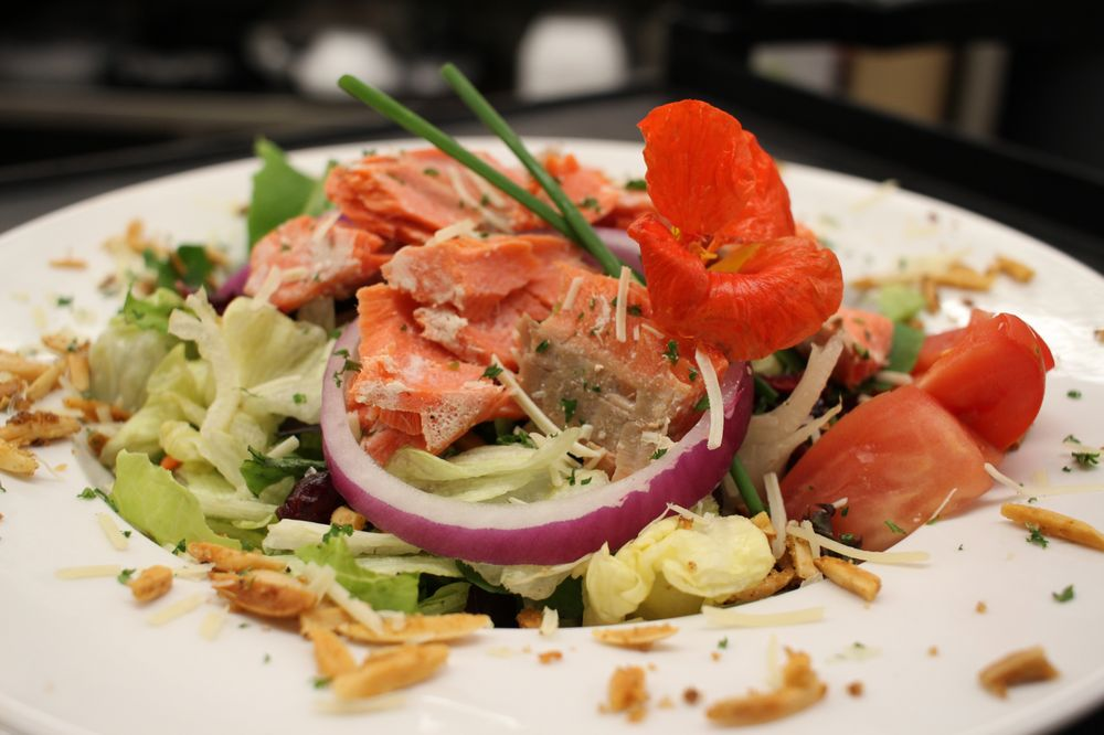 Bistro on the Loup: 265 33rd Ave, Columbus, NE