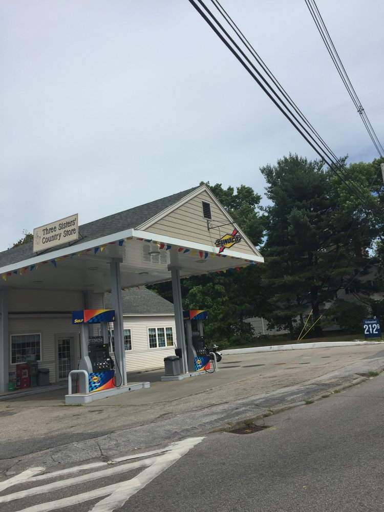 Three Sisters' Country Store: 160 S Main St, Wolfeboro, NH