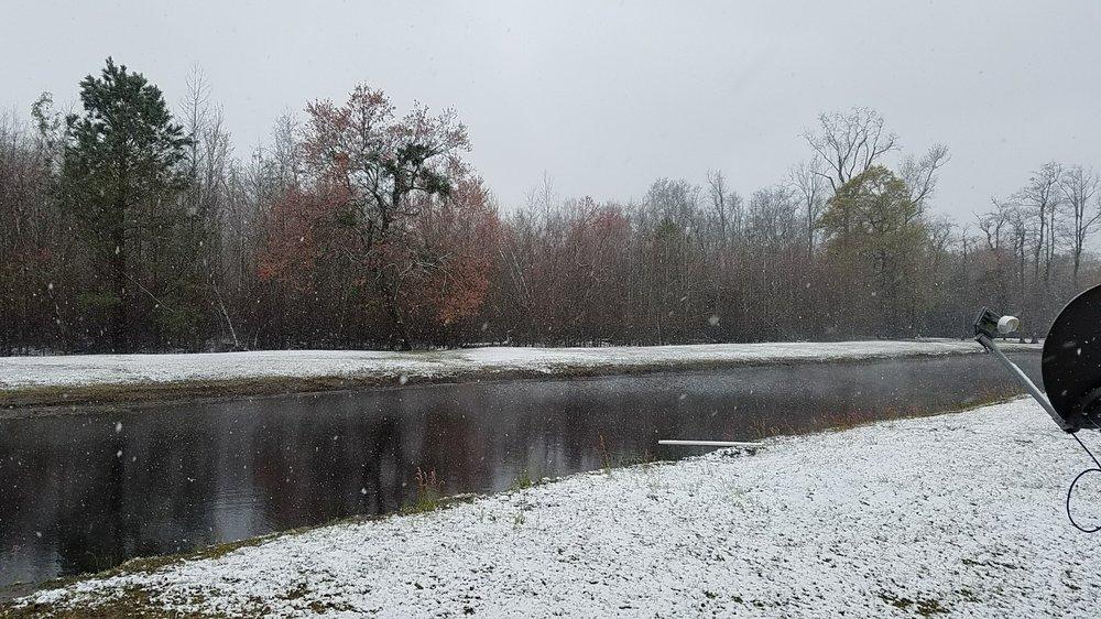 Lumber River Campground: 429 Tar Lndg, Evergreen, NC