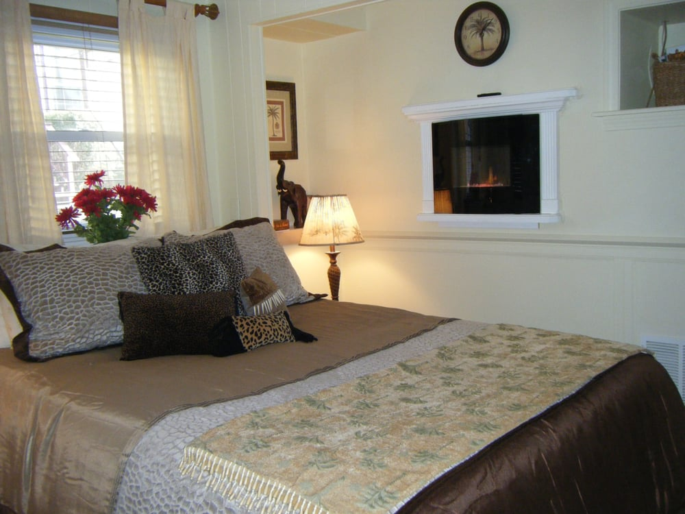 inn in breakfast newport ri cliffside deals specials bed romance package packages and