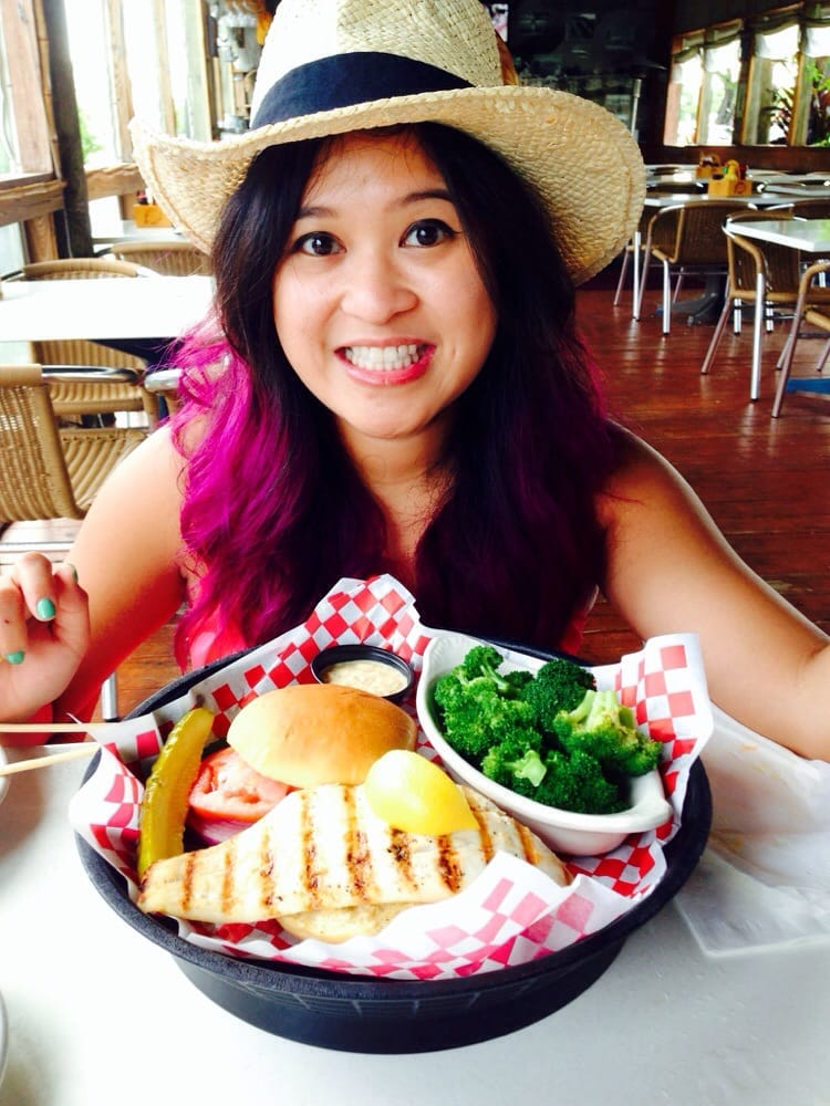 Yellowtail snapper grilled fish sandwich best fish for Best fish sandwich near me