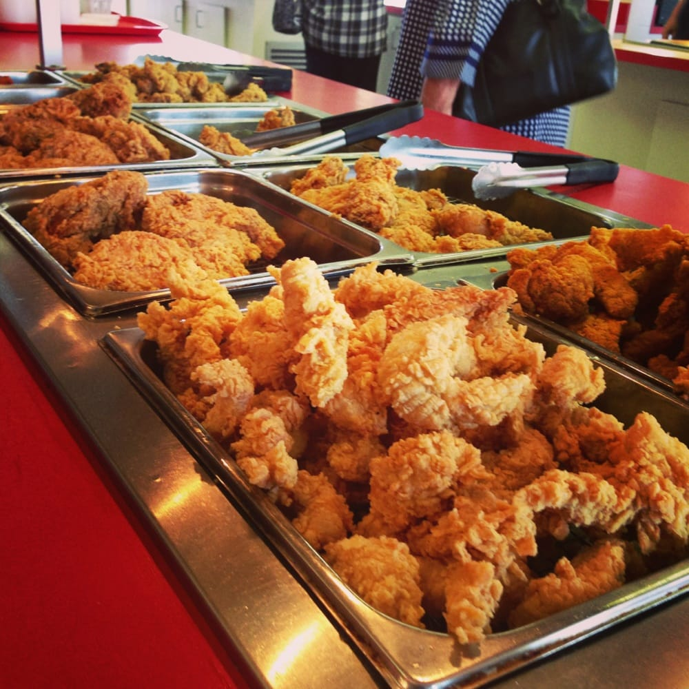 Fried chicken strips gizzards liver hot wings fish for Fish buffet near me