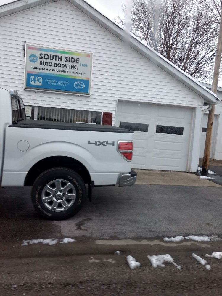 South Side Auto Body: 409 E South St, Mascoutah, IL