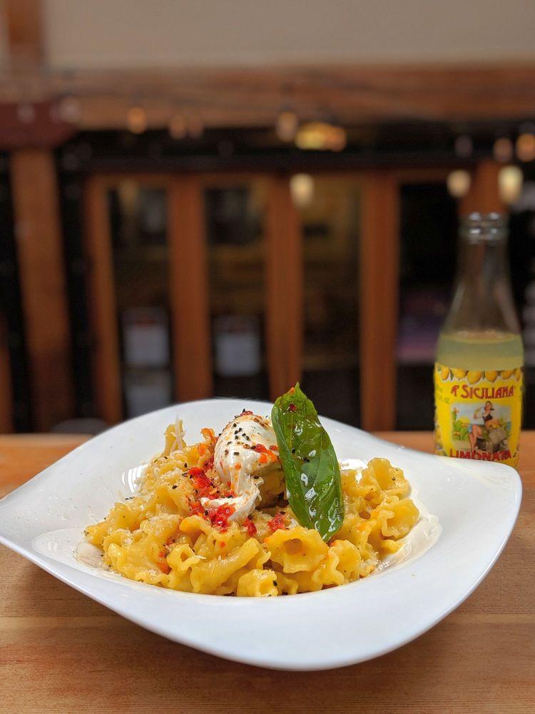 Pasta Casalinga: 93 Pike St, Seattle, WA