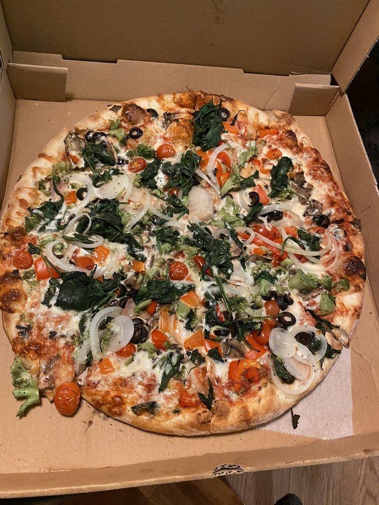 Nonna Maria's Pizzeria: 34 N Charles Richard Beall Blvd, DeBary, FL