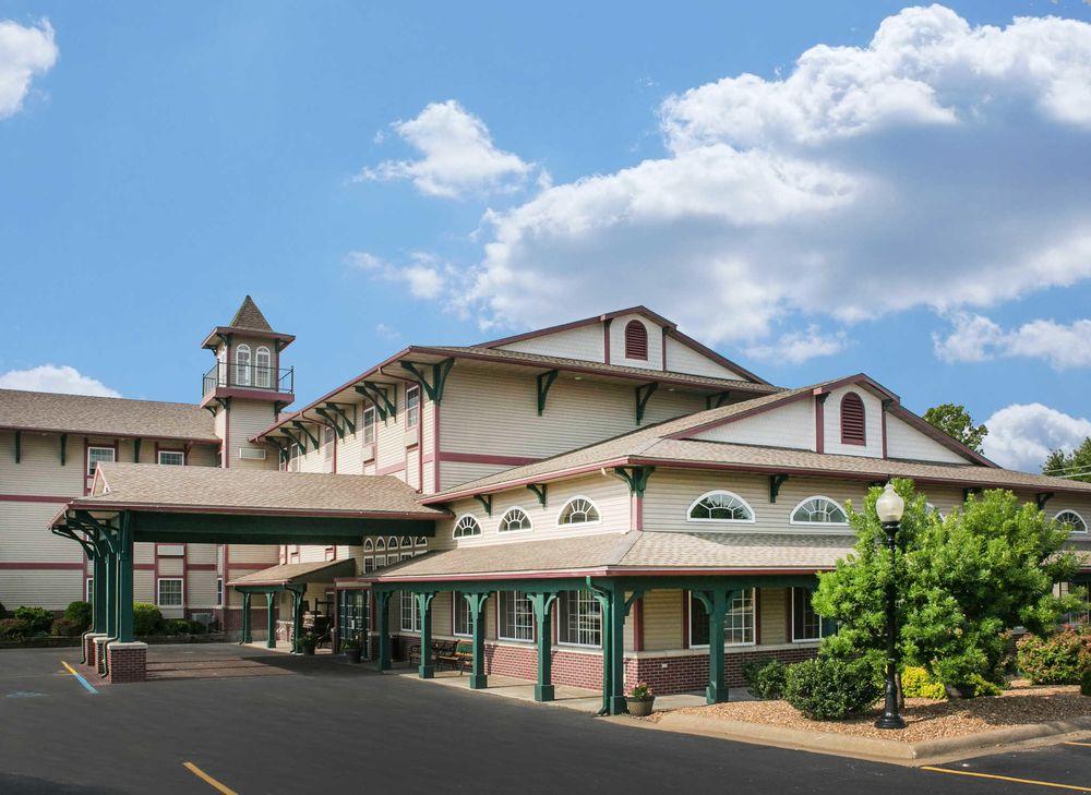 Comfort Inn Marshall Station: 1356 W College Ave, Marshall, MO