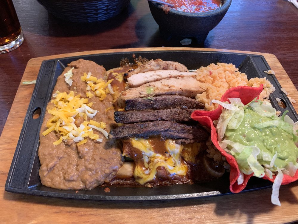 Plaza Restaurant: 2100 S Dumas Ave, Dumas, TX