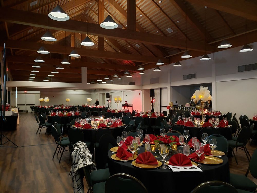 Contra Costa Country Club: 801 Golf Club Rd, Pleasant Hill, CA