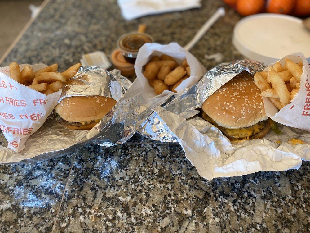 Quick & Tasty's: 4109 W State Hwy 16, Bremerton, WA