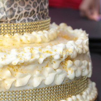 Photo Of Candra S Wedding Cakes And Beyond Richmond Ca United States Pistachio