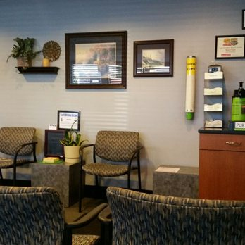 Photo Of Way Scarff Ford Auburn Wa United States Waiting Area