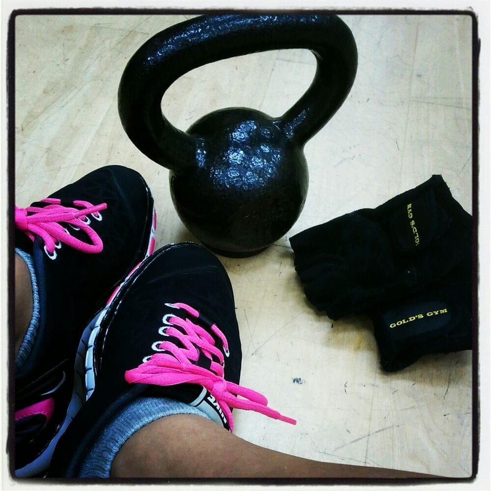 Orangetheory Workout Gloves: My 10lb Kettlebell...gloves N Comfy Shoes For A Great