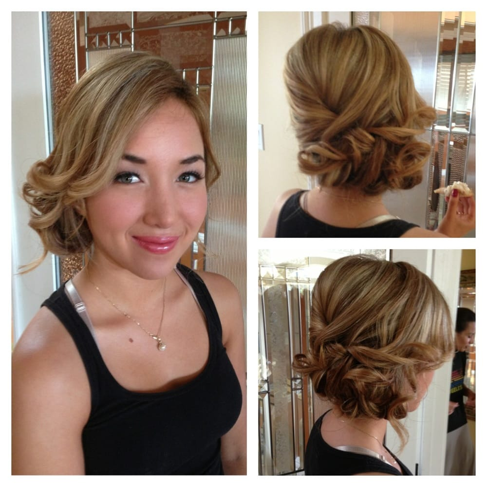 Wedding Hairstyle On The Side: Loose Side Updo Is Perfect For The Outdoor Wedding At