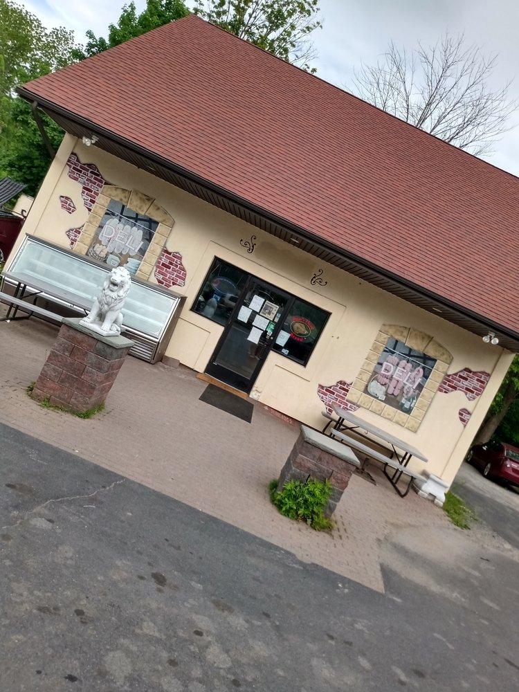 Riverside Deli & Pizza: 3 Main St, Bloomingburg, NY
