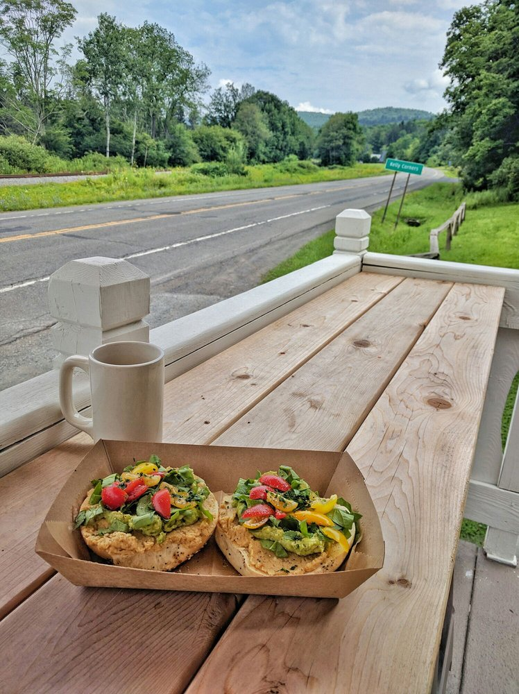 Outsiders Kitchen + Cafe: 45278 State Highway 30, Margaretville, NY