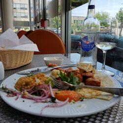 3 Olive Bistro Cafe