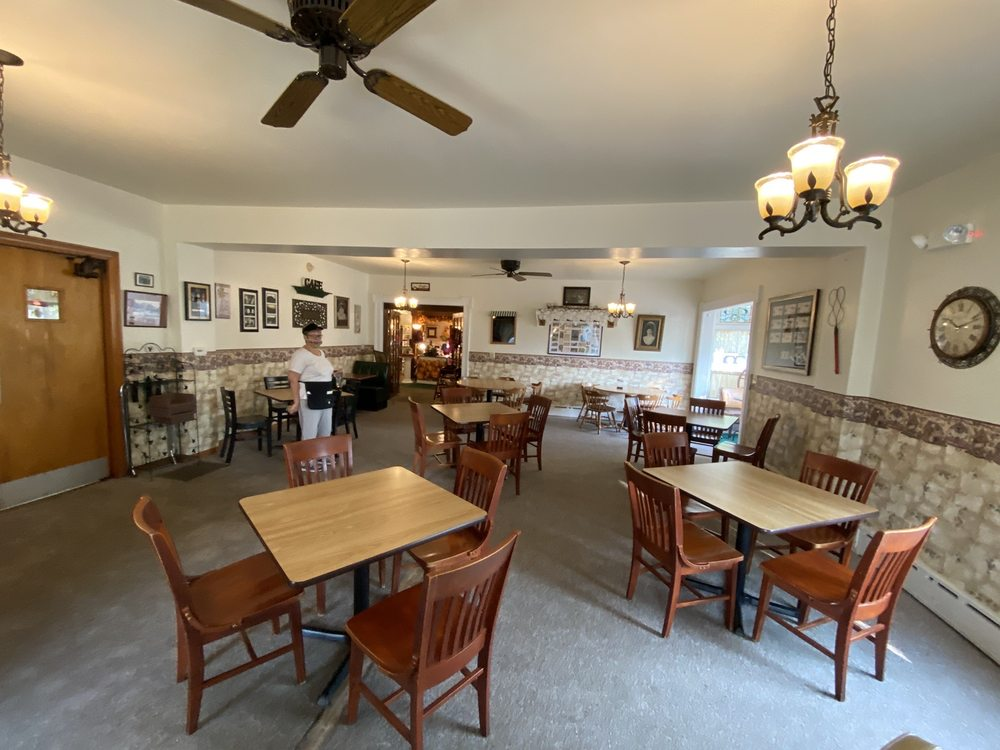 Heartland Inn & Cafe: 9101 West Ridge Rd, Girard, PA