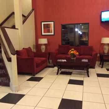 Photo Of Red Roof Inn Pensacola Fairgrounds   Pensacola, FL, United States.  Lobby