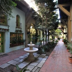 Granada buildings 12 photos espaces de bureaux for A la maison westlake village ca