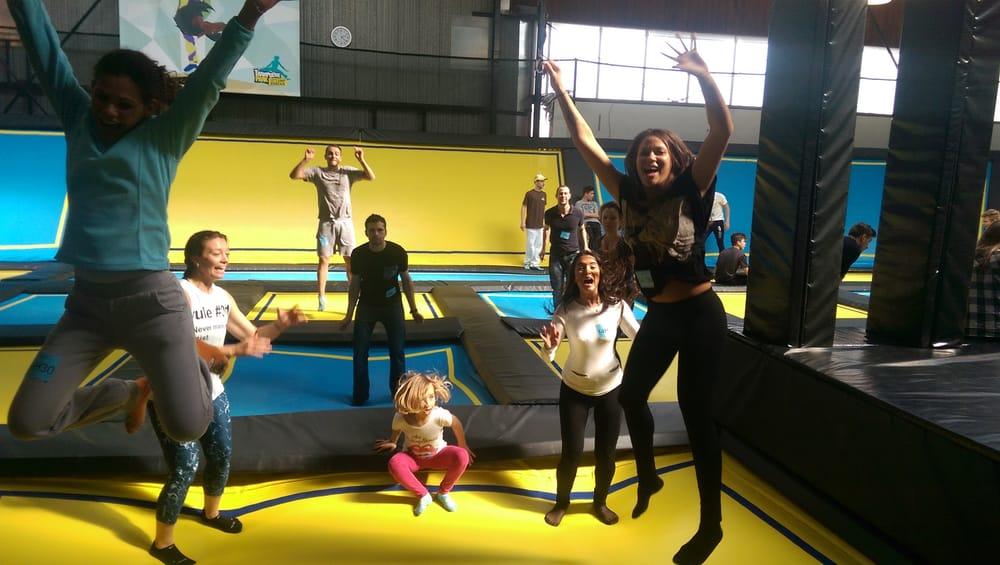 trampoline park 12 photos kids activities le lac bordeaux france reviews yelp. Black Bedroom Furniture Sets. Home Design Ideas
