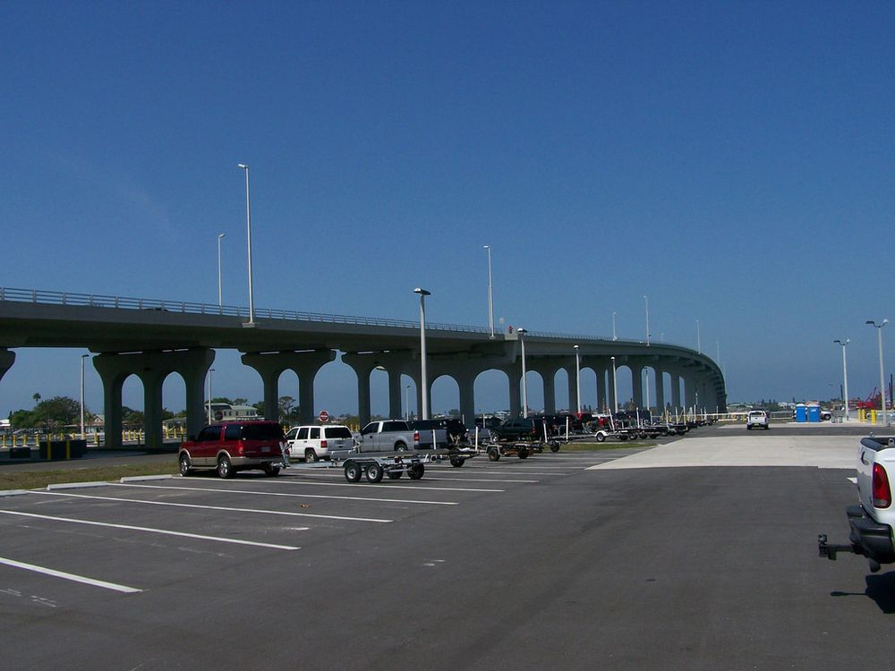 Belleair Causeway: 3900 W Bay Dr, Belleair Bluffs, FL