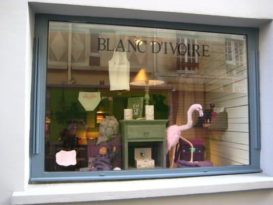 photo of blanc divoire paris france - Salon Blanc Ivoire