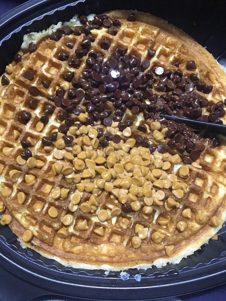 Waffle House: 4614 Cleburne Blvd, Dublin, VA