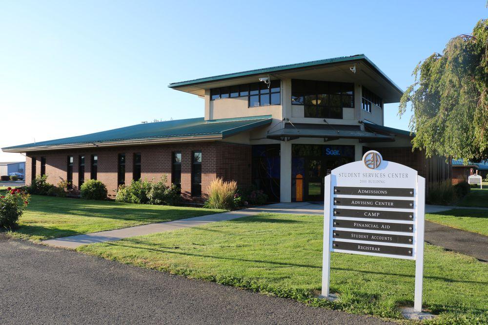 Heritage University: 3240 Fort Rd, Toppenish, WA