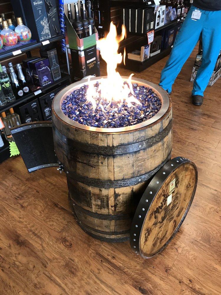 Liquor Mart Nicholasville: 2233 Lexington Rd, Nicholasville, KY