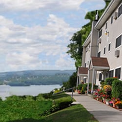 Springvale Apartments Company - 2-T Skytop Dr, Croton-on