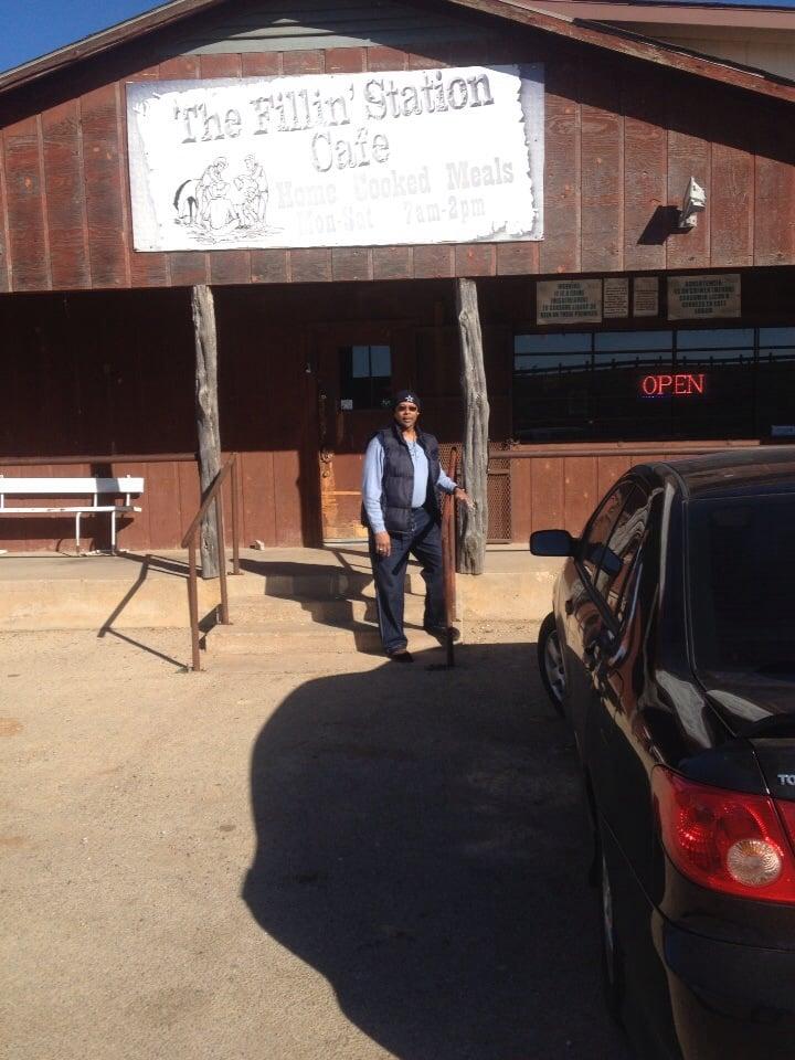 FILLIN STATION: 100 E Travis Ave, Putnam, TX