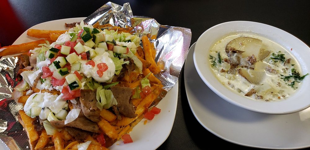 Foodies Gyro Fusion: 2405 E Parkway Dr, Russellville, AR